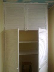 шкаф из дверей жалюзи - foto 11