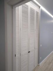 Шкаф из жалюзийнного фасада
