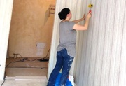 Поклейка обоев Бюджетный ремонт квартир