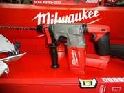 Бесщеточный перфоратор Milwaukee M18 FUEL™